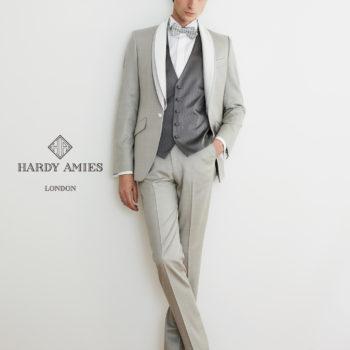 Hardy Amies③