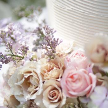ケーキを彩るお花たち
